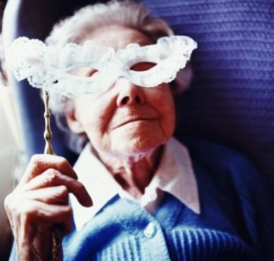 20070305171616-abuelita-mascara.jpg
